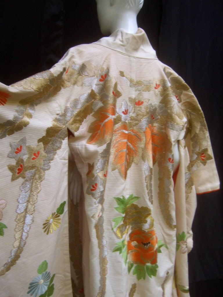 Spectacular Floral Hand Embroidered Japanese Kimono c 1970  For Sale 2