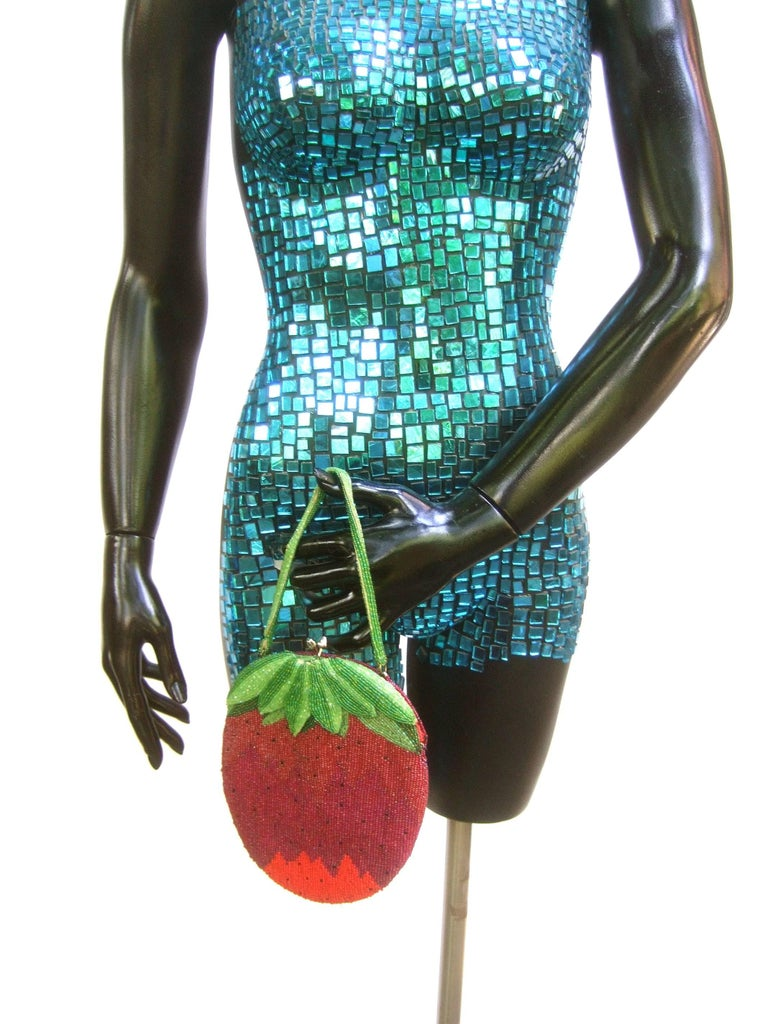 Whimsical Glass Beaded Strawberry Evening Bag circa 1970s In Good Condition For Sale In Santa Barbara, CA