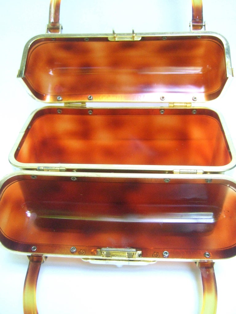 1970s Sleek French Tortoise Shell Lucite Box Purse For Sale 3