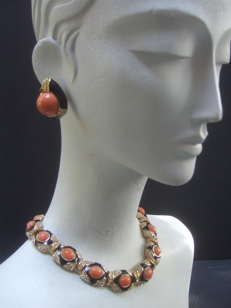 Ciner Coral Resin Jeweled Choker & Earring Ensemble circa 1980 For Sale 4