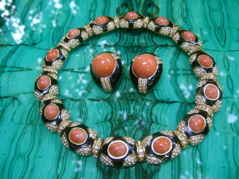 Ciner Coral Resin Jeweled Choker & Earring Ensemble circa 1980 For Sale 2