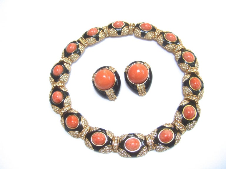 Ciner Coral Resin Jeweled Choker & Earring Ensemble circa 1980 In Good Condition For Sale In Santa Barbara, CA