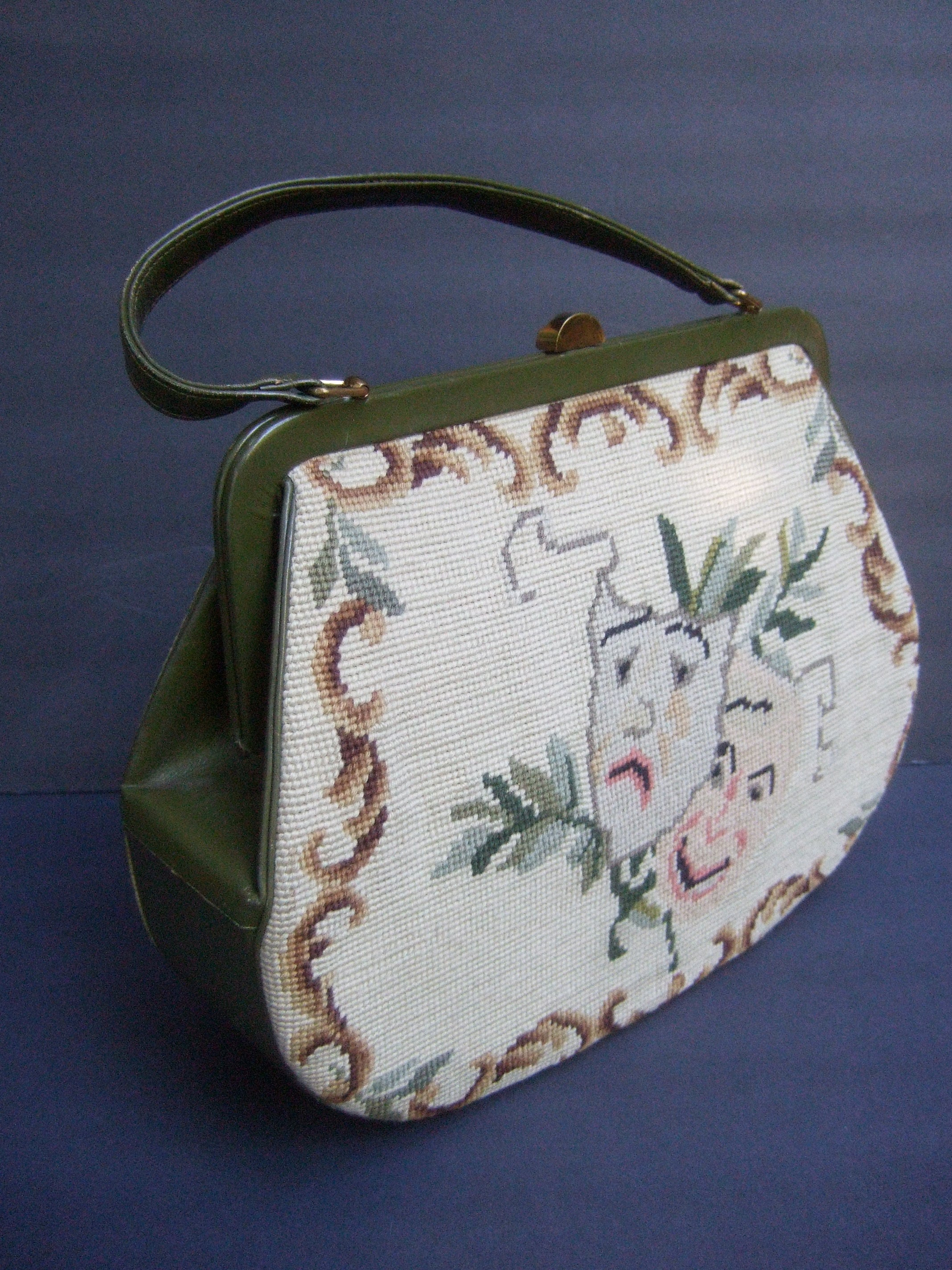 1stdibs Unique Thespian Needlepoint Comedy And Tragedy Handbag C 1960 CgBYVf1