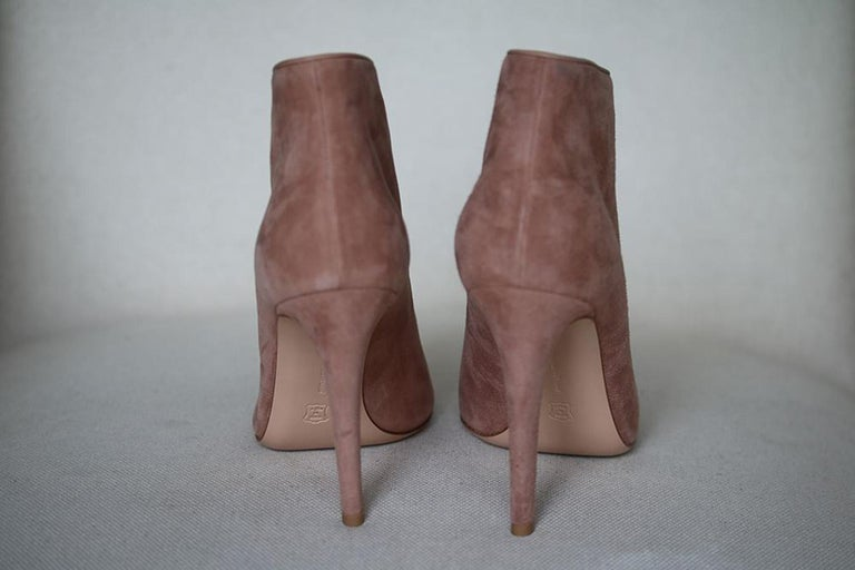 Gianvito Rossi Suede Button-Strap Peep-Toe Boots  In New Condition For Sale In London, GB