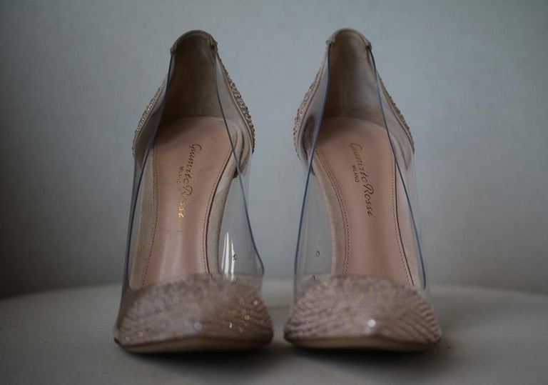 Beige Gianvito Rossi Calabria Crystal-Embellished Pumps For Sale