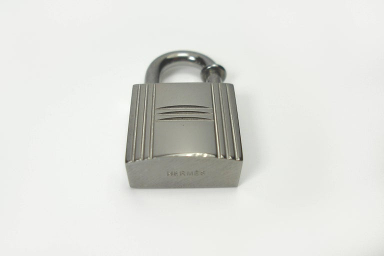 Women's or Men's RARE Hermès Ruthenium lock Charm / BRAND NEW  For Sale
