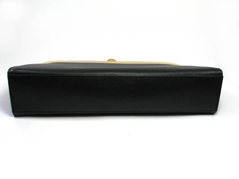 74acbd59b44 Yves Saint Laurent Clutch Gold Hadware Black leather In Good Condition For  Sale In VERGT,