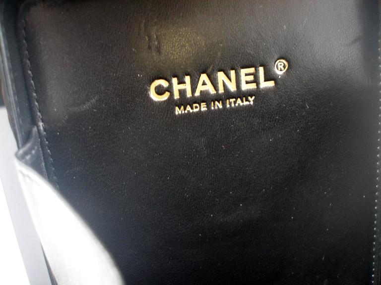 Chanel Black Perfume Bottle Bag Limited Edition / VERY RARE and COLLECTOR 5