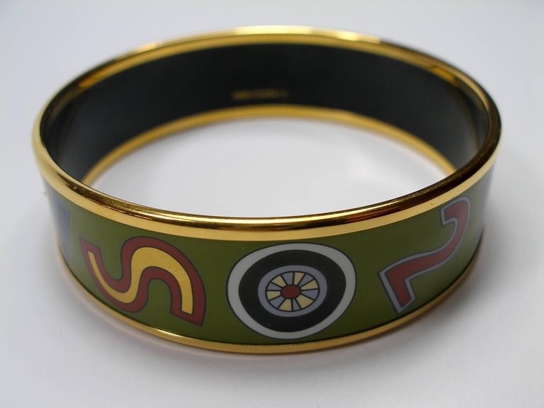 Women's Hermès Tohu Bohu Printed Enamel Bracelet PM 6 cm / RARE  For Sale