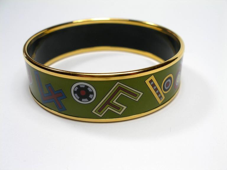 Hermès Tohu Bohu Printed Enamel Bracelet PM 6 cm / RARE  For Sale 1
