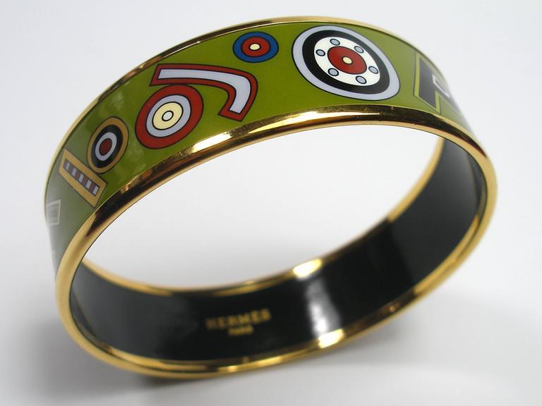 Hermès Tohu Bohu Printed Enamel Bracelet PM 6 cm / RARE  For Sale 4