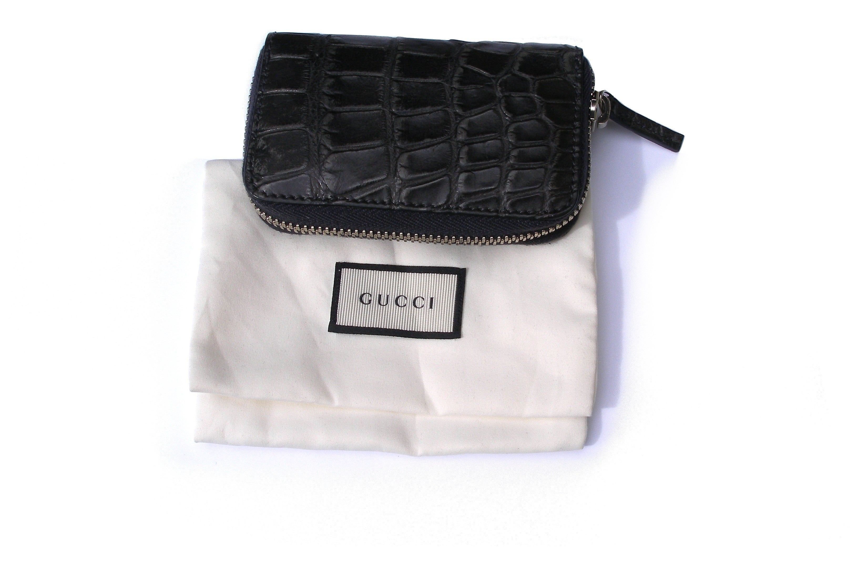 2e052cea9e4b GUCCI Black Alligator Card case Rétail Price $1400 / Brand NEW For Sale at  1stdibs
