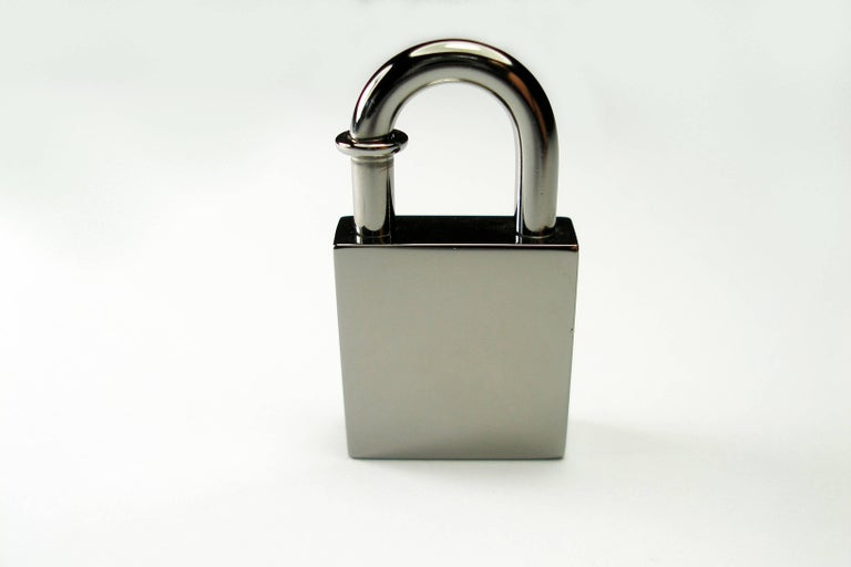 RARE Hermès Ruthenium lock Charm / BRAND NEW  In New Never_worn Condition For Sale In Saumur, FR