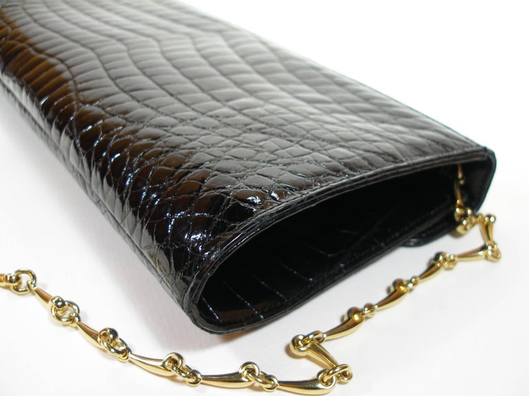Rare and Vintage Delvaux Black Crocodile Clutch or Evening Bag / Good Condition In Good Condition For Sale In Saumur, FR