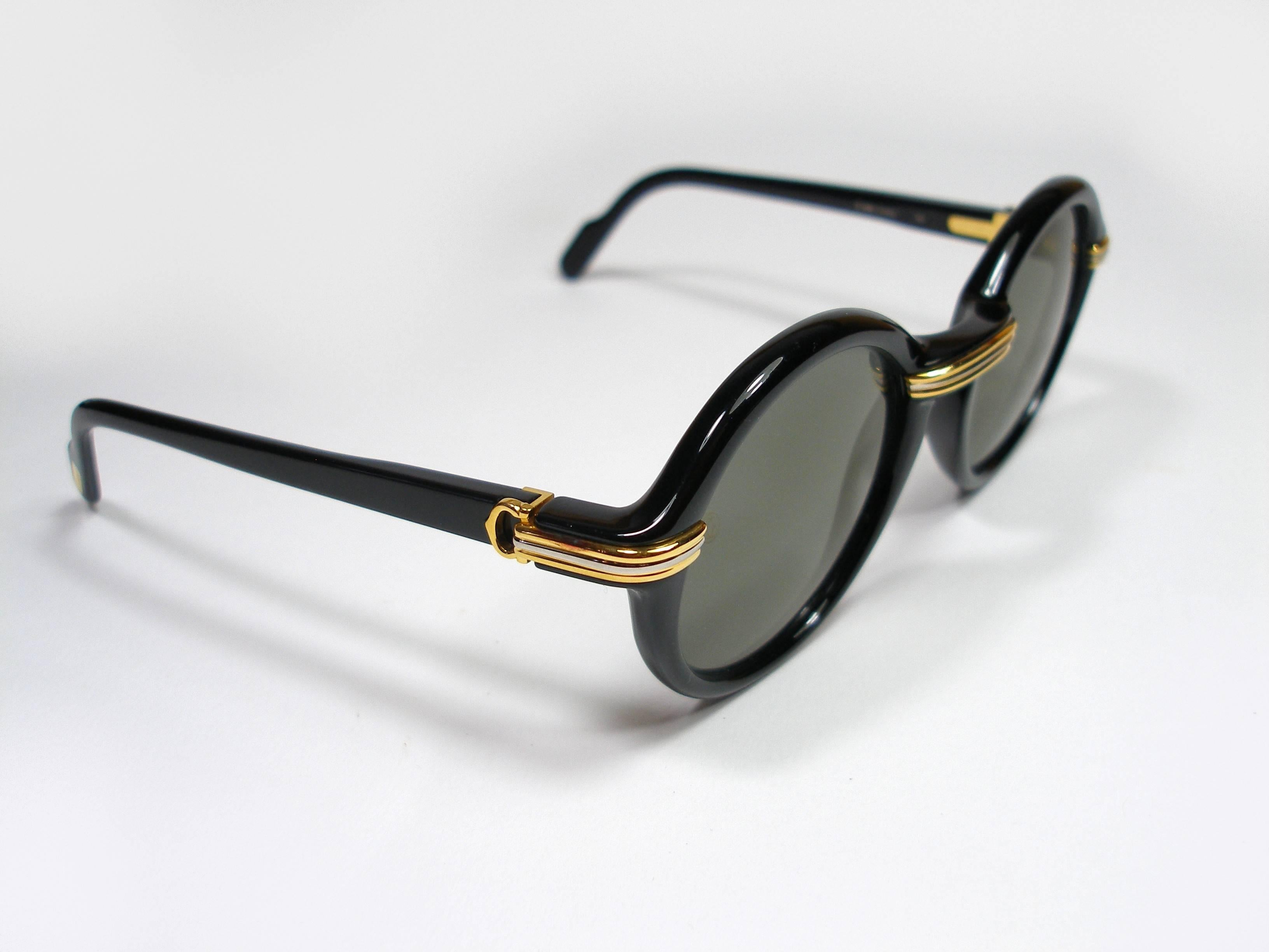 15a4ef1a950 Collector Vintage Cartier Cabriolet Round Black Gold Sunglasses France  1991 s at 1stdibs