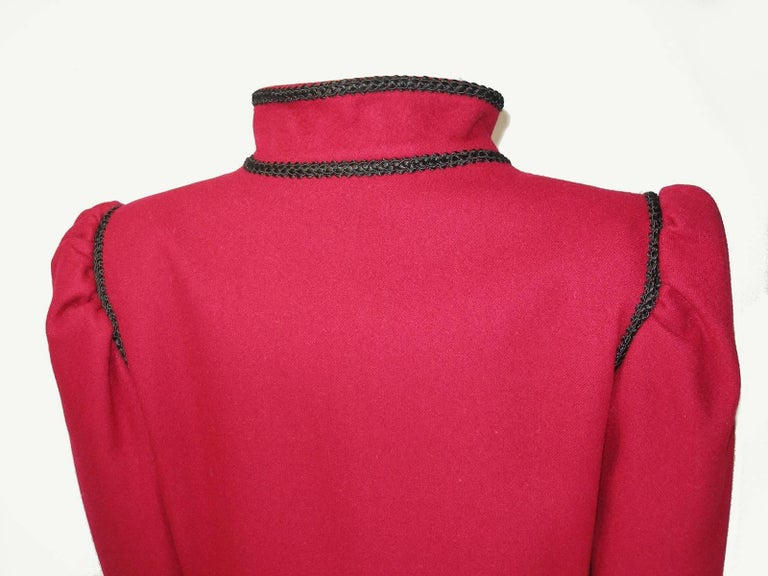 Circa 80's Yves Saint Laurent Russian Collection Wool Red Jacket Size FR40 US10 For Sale 2