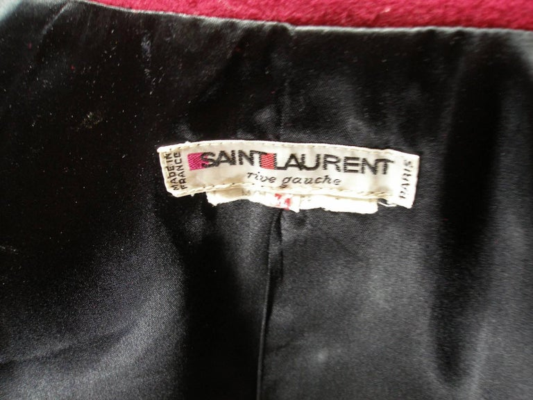 Circa 80's Yves Saint Laurent Russian Collection Wool Red Jacket Size FR40 US10 For Sale 5