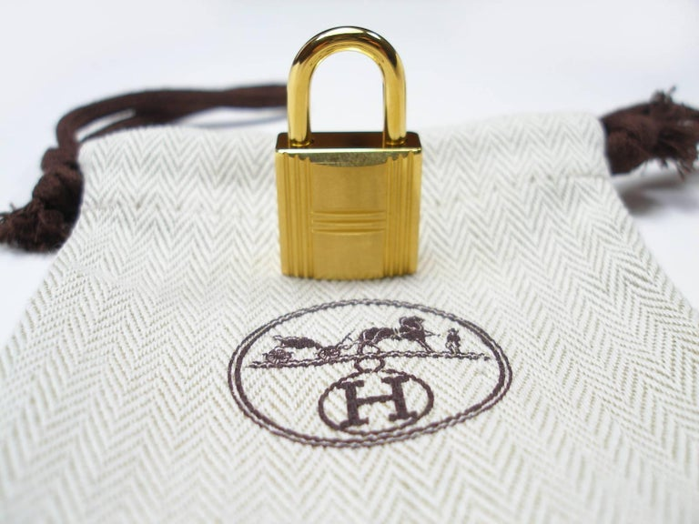 062040538b21 Hermès Cadenas Lock 2 Keys For Birkin or Kelly bag Gold plated shiny and  brushed For