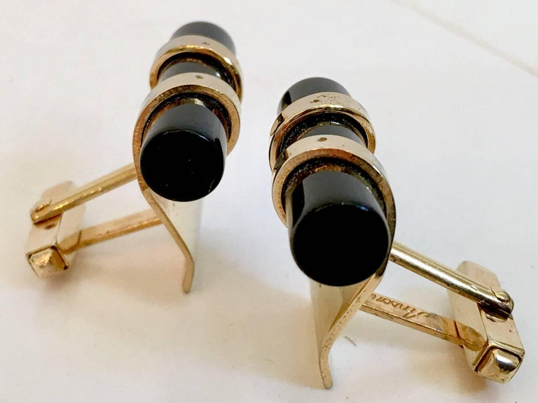 50'S Pair Of Art Deco Style Onyx & 12K Gold Cuff Links By, Anson In Good Condition For Sale In West Palm Beach, FL