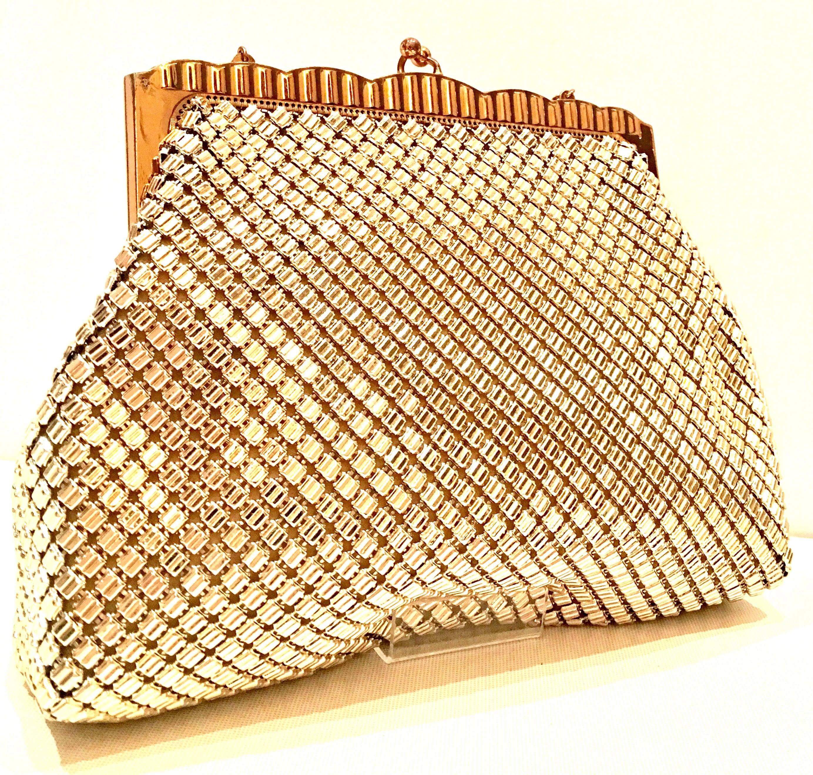 1bb924b0d3 Vintage Whiting and Davis Gold Metal Mesh Handbag For Sale at 1stdibs