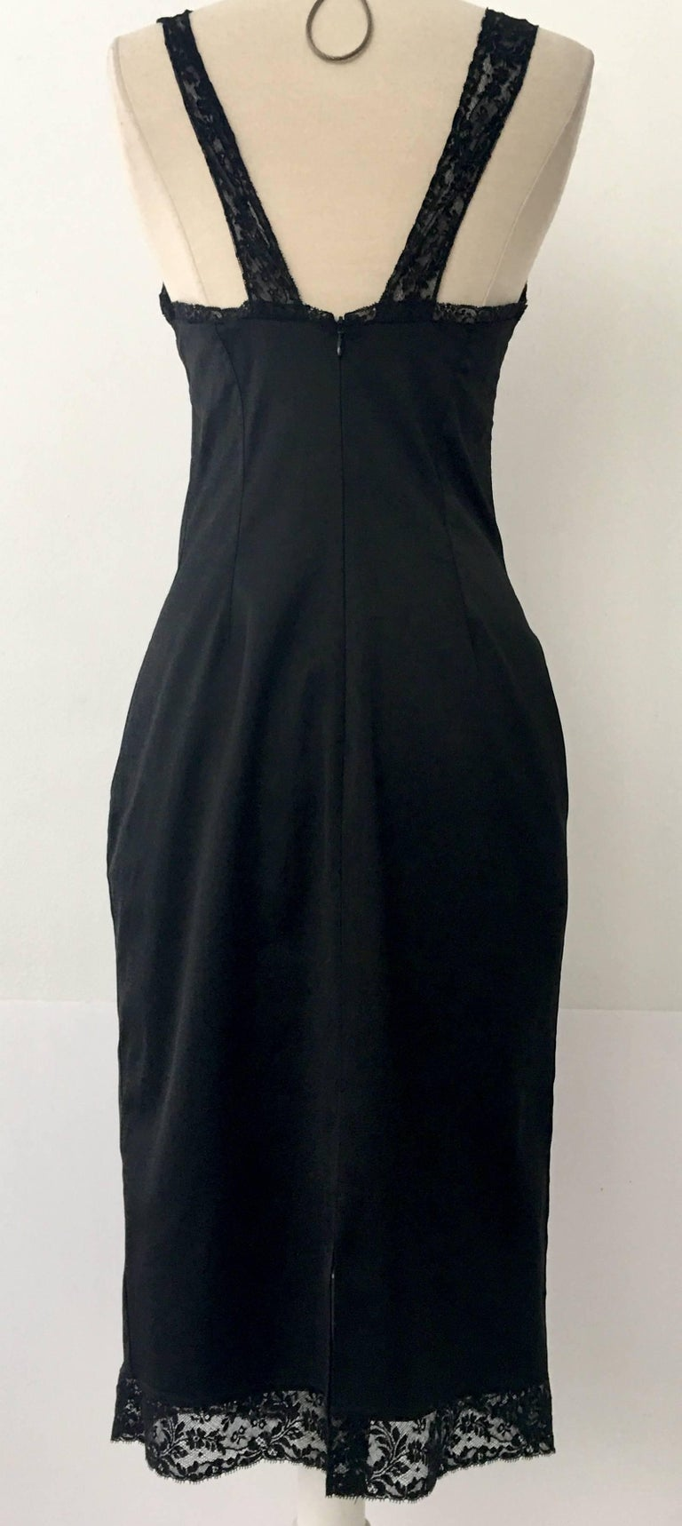 90'S Classic Dolce & Gabbana Black Fitted Slip Dress Sz-40 In Good Condition For Sale In West Palm Beach, FL