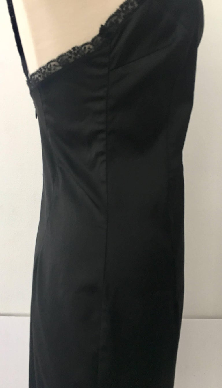 90'S Classic Dolce & Gabbana Black Fitted Slip Dress Sz-40 For Sale 1