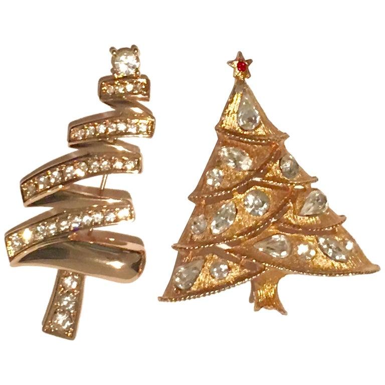 513bca6533f 20th Century Pair Of Gold Pate & Swarovski Crystal Rhinestone Christmas  Tree Brooches. One brooch