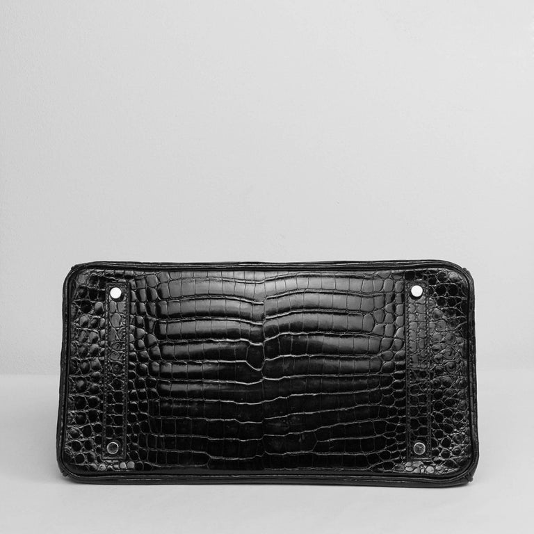 Women's 2008 Hermès Black Crocodile Birkin Bag   For Sale