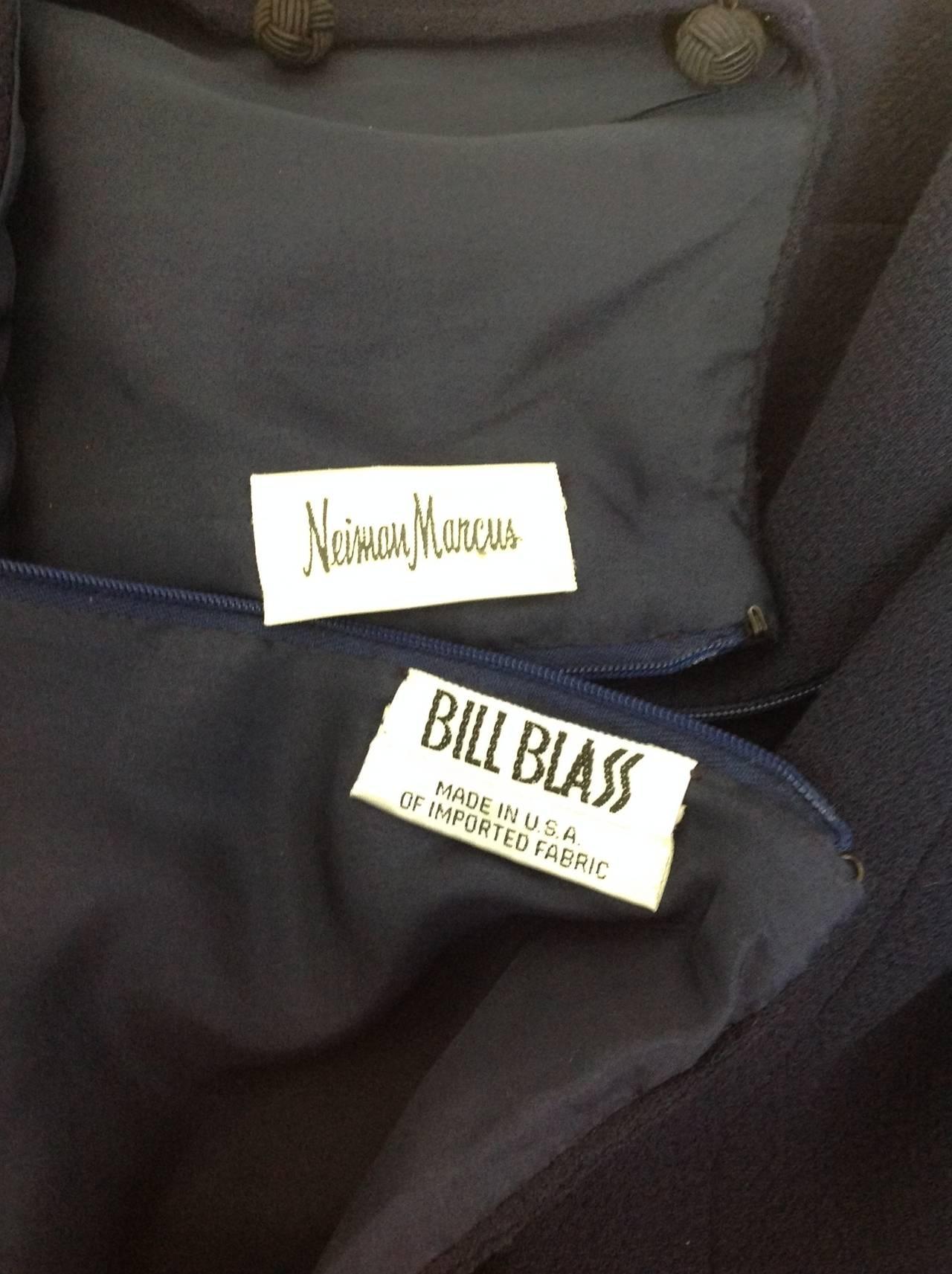 Perfect Bill Blass navy crepe sheath          size 6 5