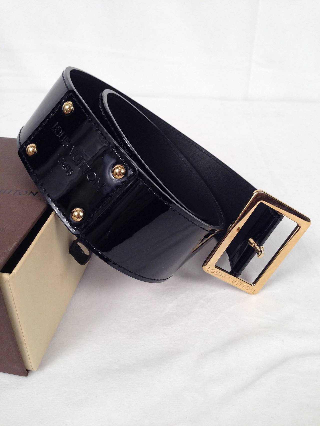 8f21a7ac0d6fd Black but NOT Basic belt from Louis Vuitton! Luxurious patent leather and  gold tone hardware