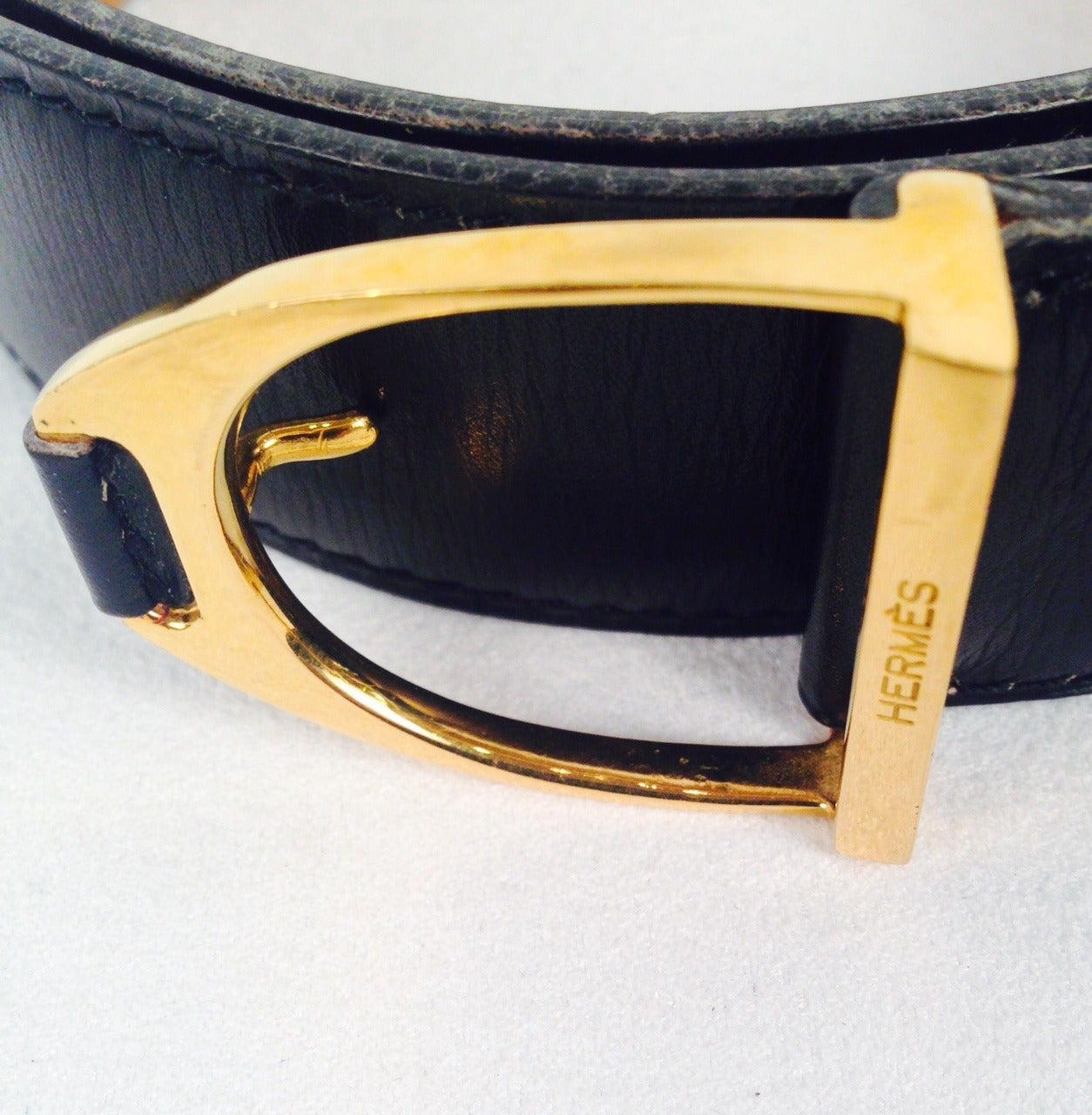 vintage herm 232 s black leather belt with gold tone buckle at