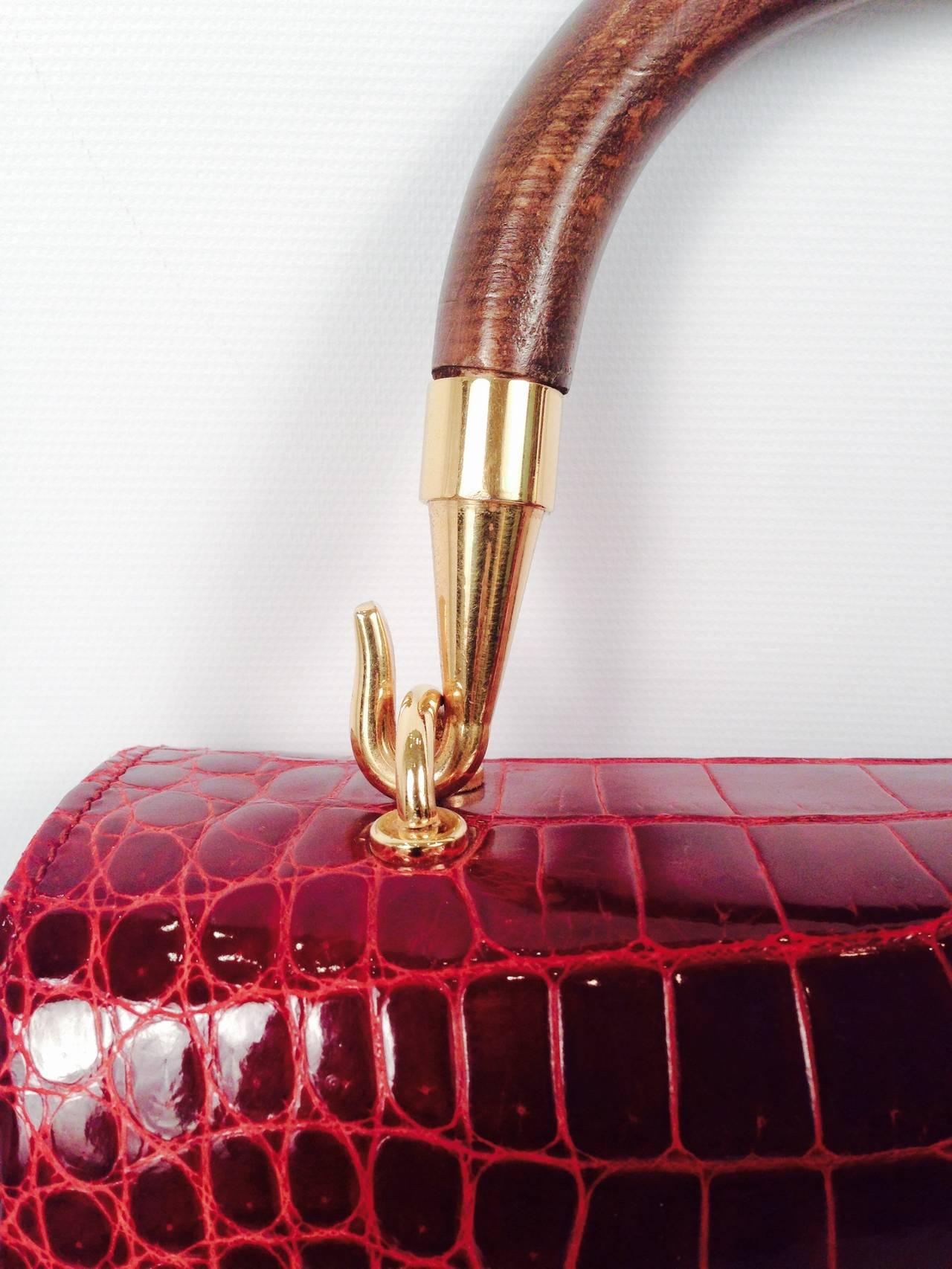Gucci Burgundy Vintage Crocodile Handbag For Sale 1