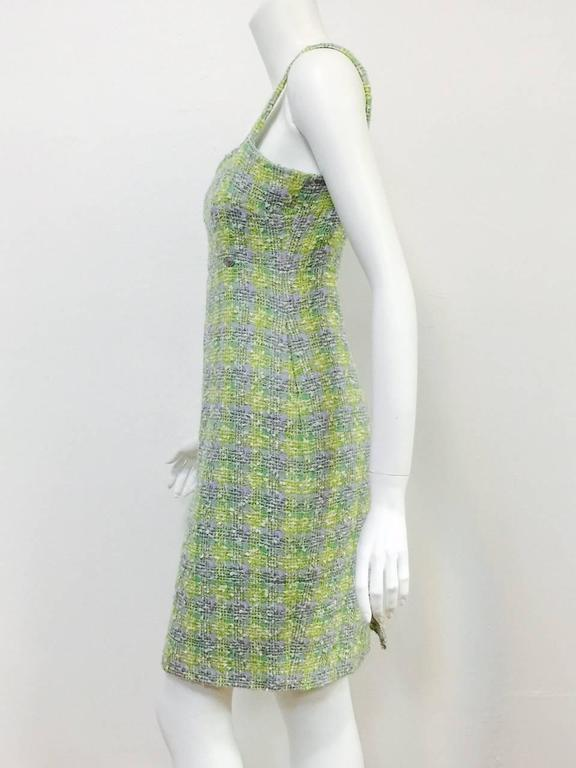 New Chanel Spring 2014 Sleeveless Plaid Boucle Sheath Dress In New never worn Condition For Sale In Palm Beach, FL