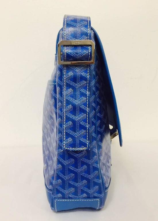 Women's Goyard Blue Goyardine Urbain Messenger Cross Body Shoulder Bag