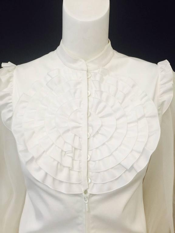 Very Valentino Ivory Blouse With Voluminous Poet Sleeves and Ruffled Bodice For Sale 1