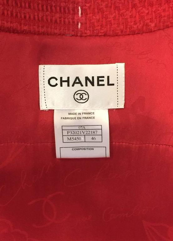 Chanel Strawberry Red Wool Tweed Short Sleeve Shirt Dress With Pockets  For Sale 2