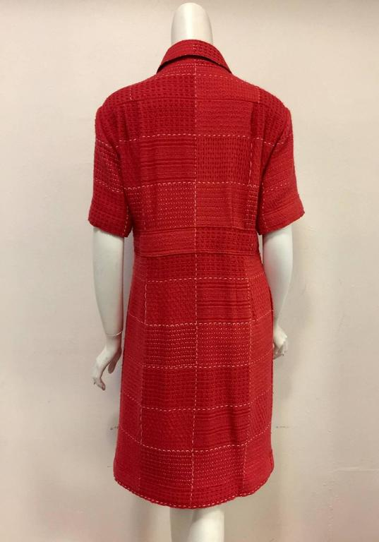 Chanel Strawberry Red Wool Tweed Short Sleeve Shirt Dress With Pockets  In Excellent Condition For Sale In Palm Beach, FL