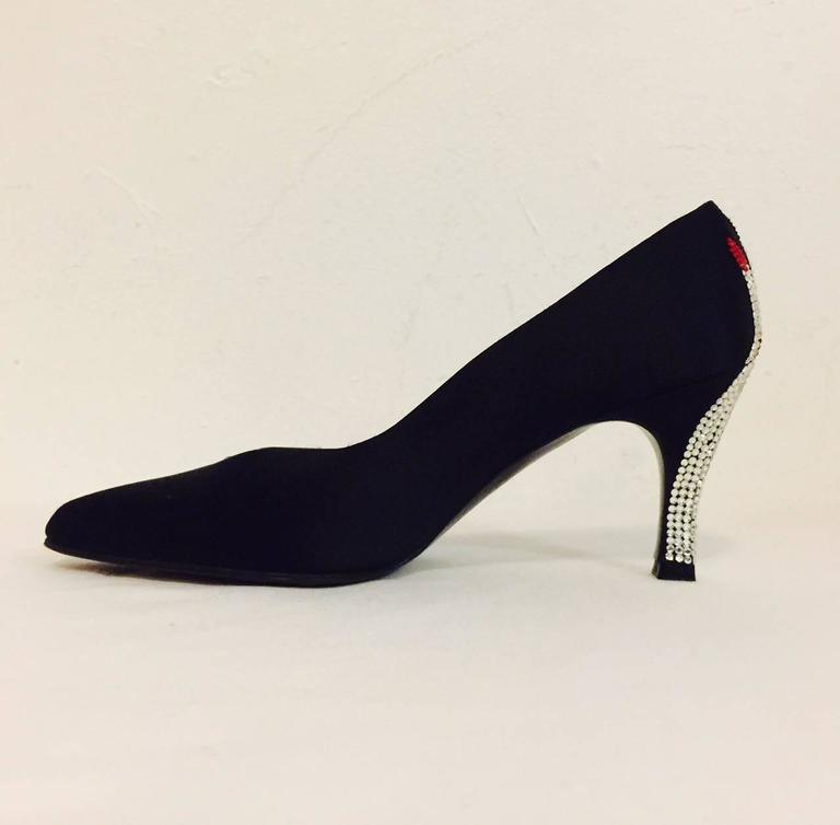 Women's Stuart Weitzman Black Satin Evening Pumps W Swarovski Pave Crystal Hands For Sale
