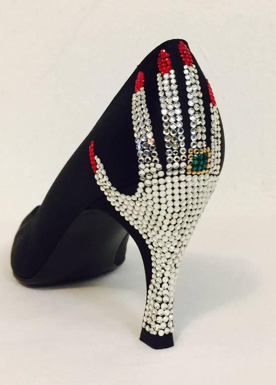 Stuart Weitzman Black Satin Evening Pumps W Swarovski Pave Crystal Hands In Good Condition For Sale In Palm Beach, FL