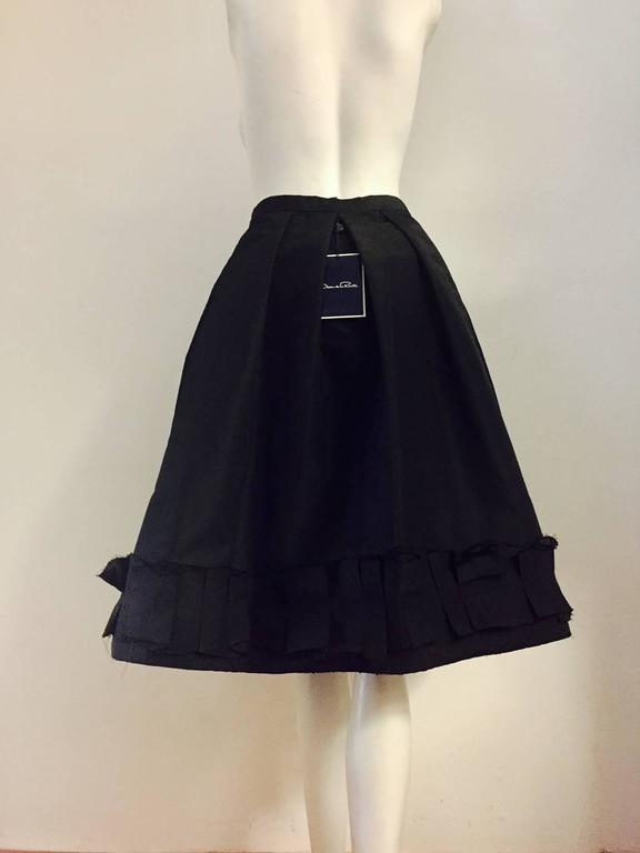 Oscar de la Renta Silk Blend Taffeta Full Skirt With Folded and Pleated Hem 3