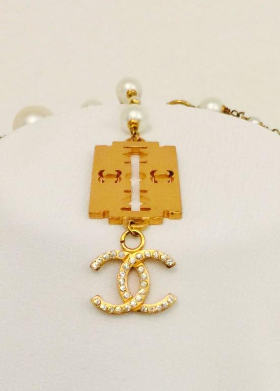 Classic Coco Chanel Pearl Razor Blade Necklace 4