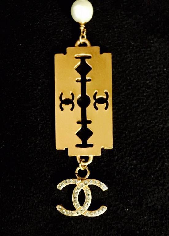 Classic Coco Chanel Pearl Razor Blade Necklace 3