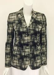 Arresting Akris Punto Black and White Casual Geometric Print Jacket