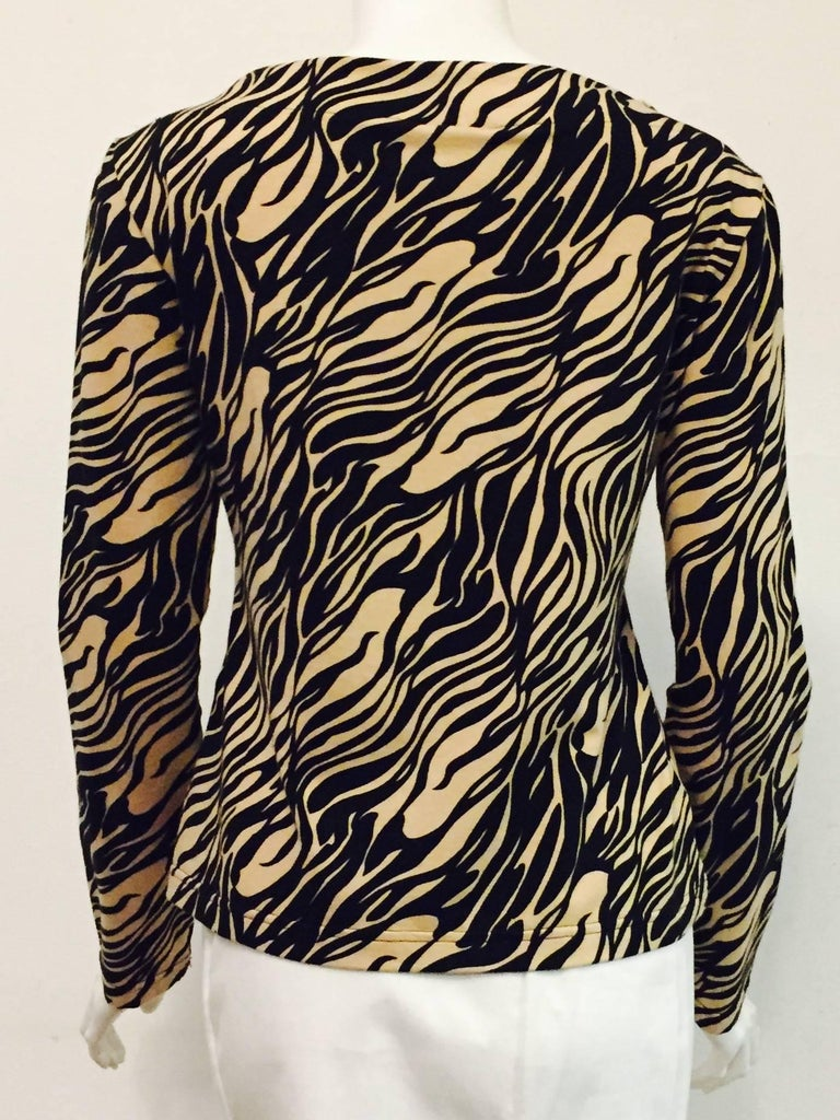 Vampy Versace Black & Beige Tiger Print Knit Top In Excellent Condition For Sale In Palm Beach, FL