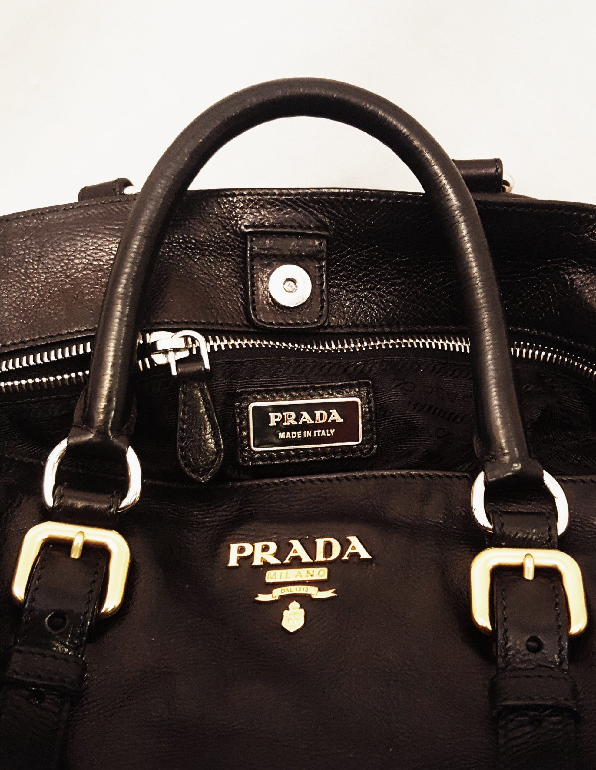 63e9d6cd389e ... free shipping prada black leather daino tote bag at 1stdibs fc8ba a4375