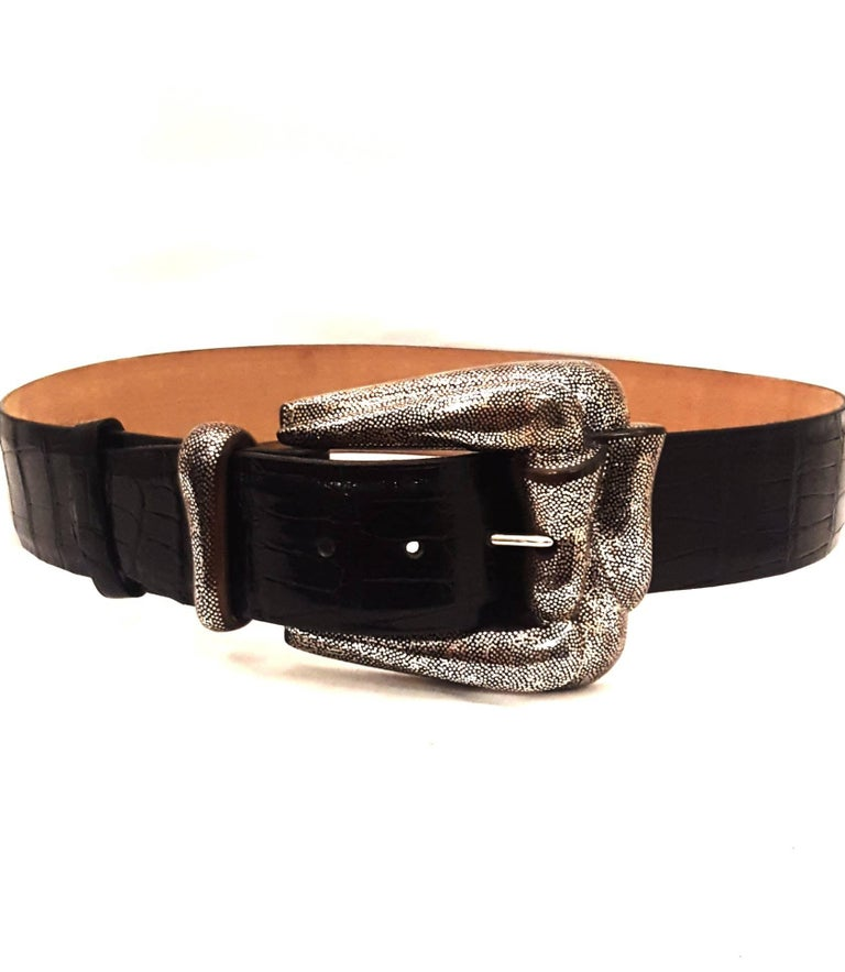Patricia Von Musulin Alligator belt with sterling silver Cocobolo wood buckle is a wearable a work of art.   New York designer to fashion's most savvy, Patricia Von Musulin creates opulence from everyday accessories.  Here, she painstakingly hand