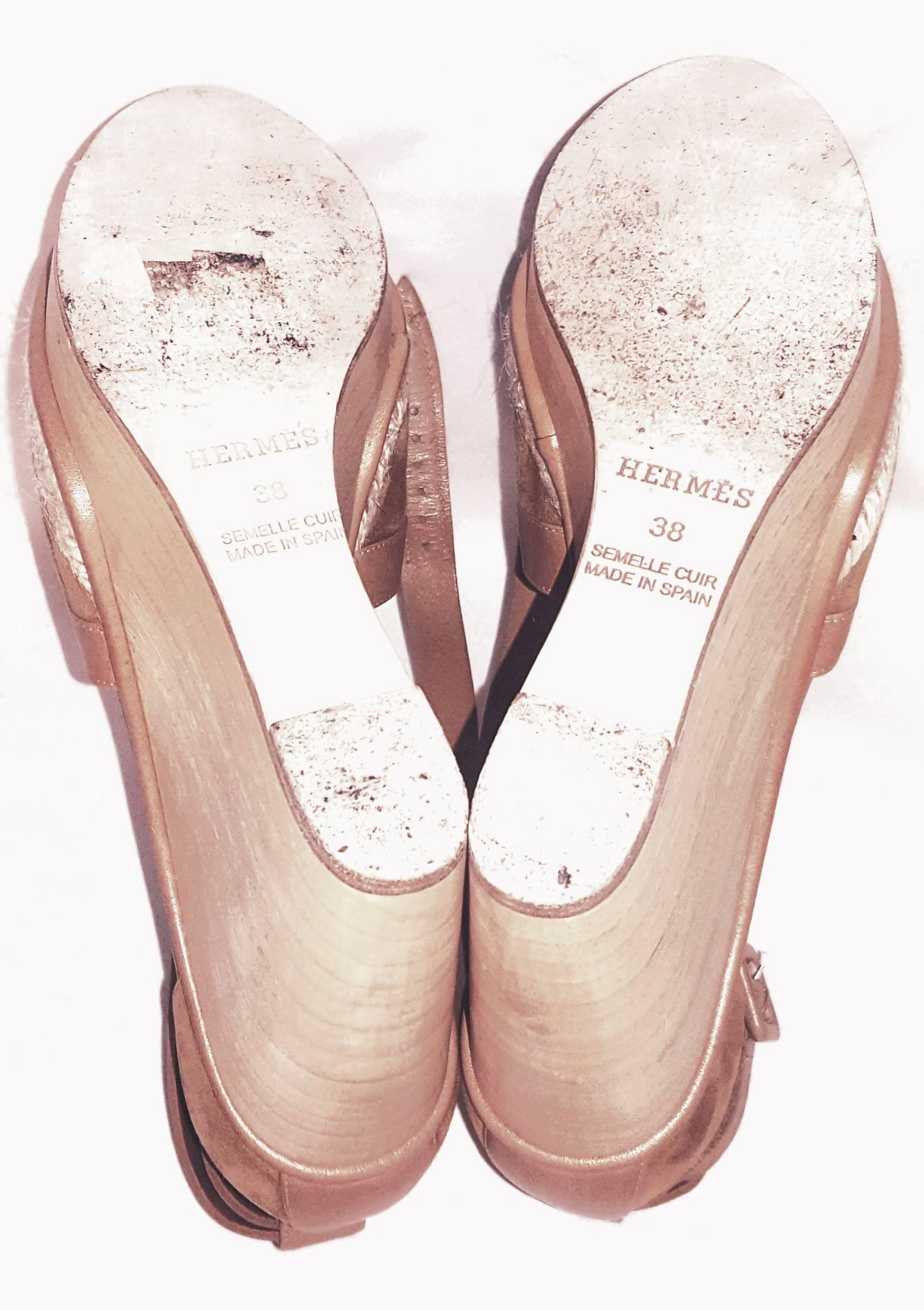 027e5bd8c64e Hermes Tan Suede and Leather Wooden Wedge Ibiza Sandals at 1stdibs