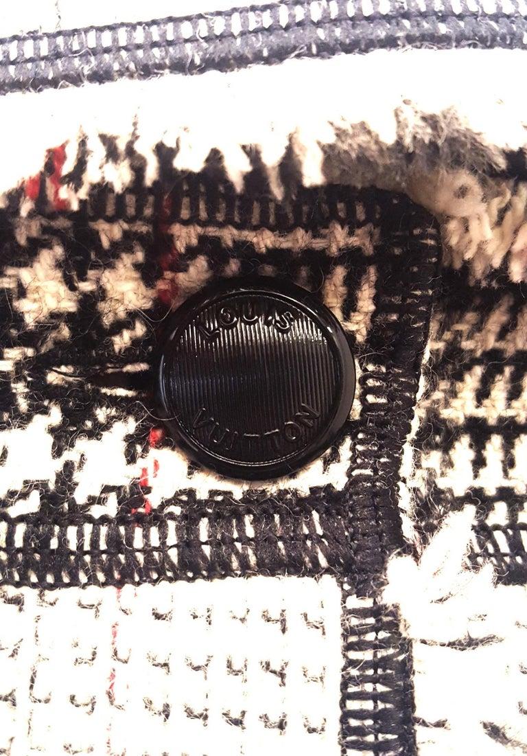 Louis Vuitton Black & Beige RunwayTweed Skirt Suit with Fringe Border Details For Sale 2