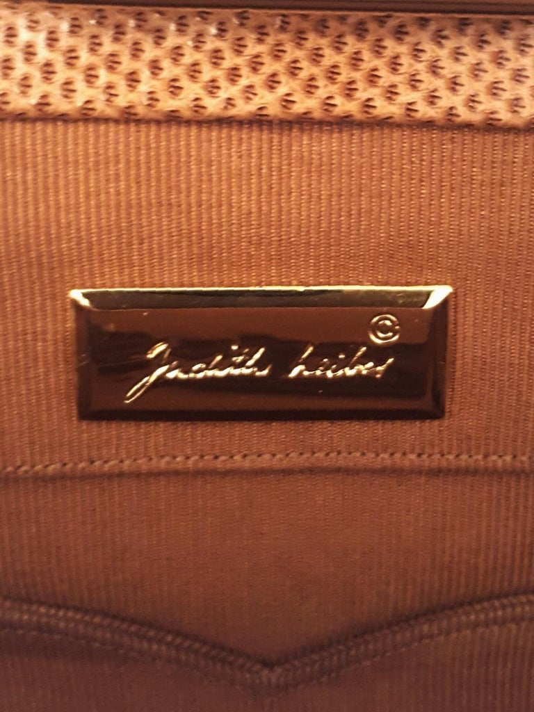 Vintage Judith Leiber Tan Lizard Convertible Shoulder Bag with Jeweled Closure  For Sale 8