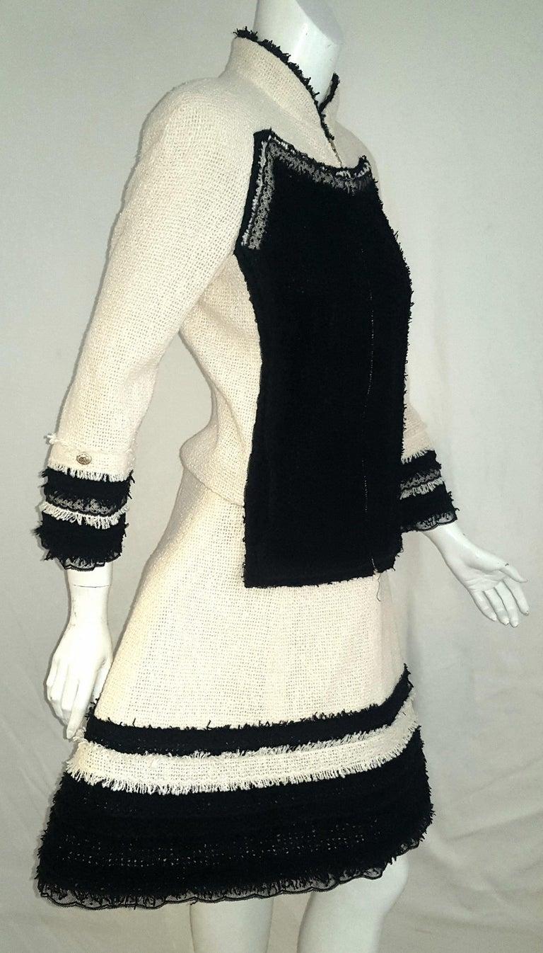 Women's Chanel Ivory W/ Black Fringe & Lace Trim on Sleeves & Skirt Hem Suit For Sale